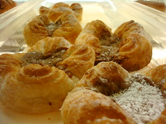 Dulce de Leche Buttercups from La Brea Bakery