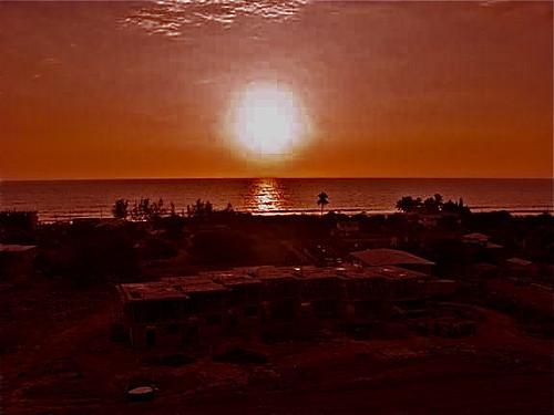 Ecuador-beach-condo-construction-sunset