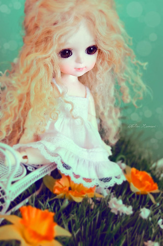 Curls & Flowers - Lati Yellow Byurl