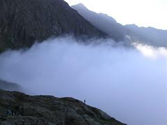 Boira Pinet (Xevi V) Tags: mist mountains fog pirineos pirineus boira muntanyes boirina pyrenees portadelcel refugidepinet nuvols mmmilikeit