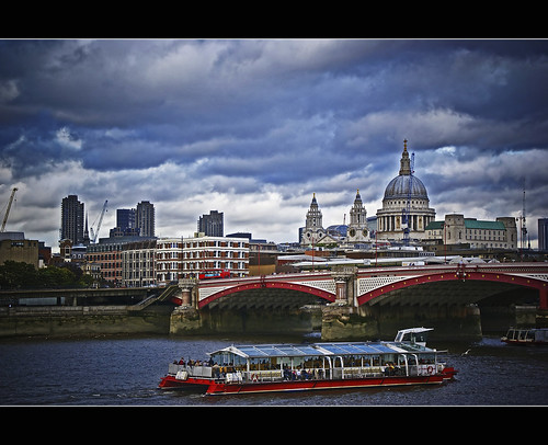 St Paul and the Thames River