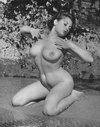 дамы голые фото немки