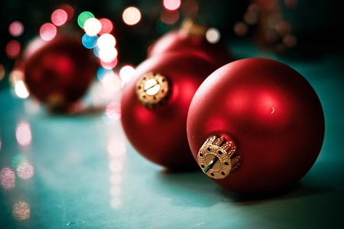 Old Red Ornaments2