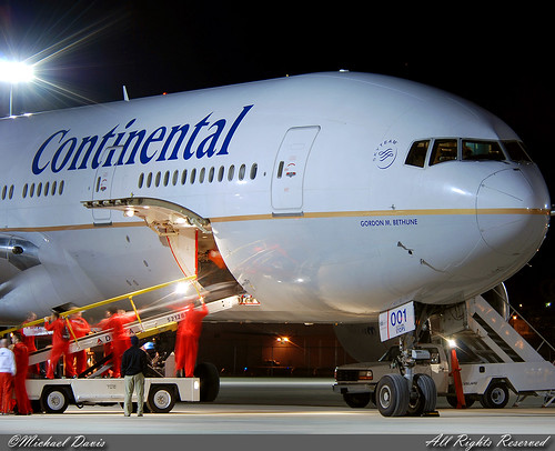 Continental Airlines Boeing 777-224/ER (N78001) **Gordon M. Bethune**