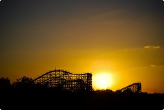 to ride off into the sunset (kevkev44) Tags: sunset silhouette tampa florida rollercoaster coaster buschgardens skyride buschgardenstampa gwazi templeterrace woodenrollercoaster gcigreatcoastersinternational