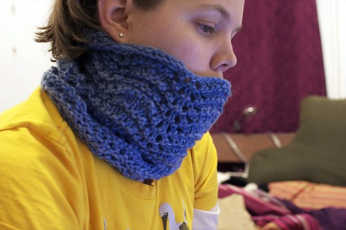Feather and Fan Cowl in use