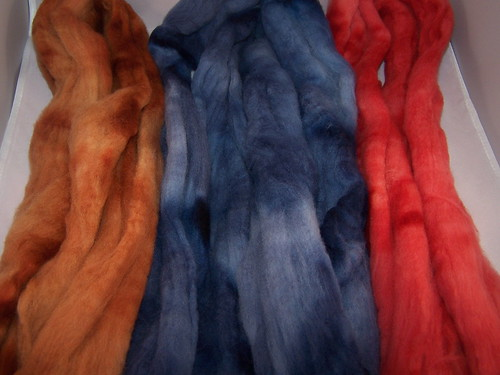 Custom dyeing for navajo plying