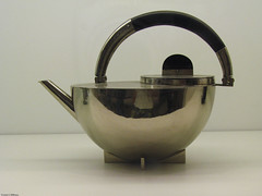 Bauhaus Teapot (johnwilliamsphd) Tags: nyc newyorkcity copyright john williams c teapot bauhaus met metropolitanmuseum 1924  mariannebrandt williams john johncwilliams johnwilliamsphd phd