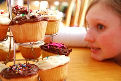Laura <3's Cupcakes.