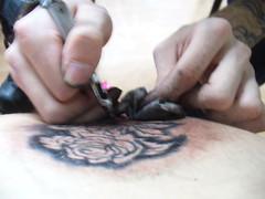 P1070067 (rucatealover) Tags: ink tatoo tus tatuaj makingatatoo spinetatoo