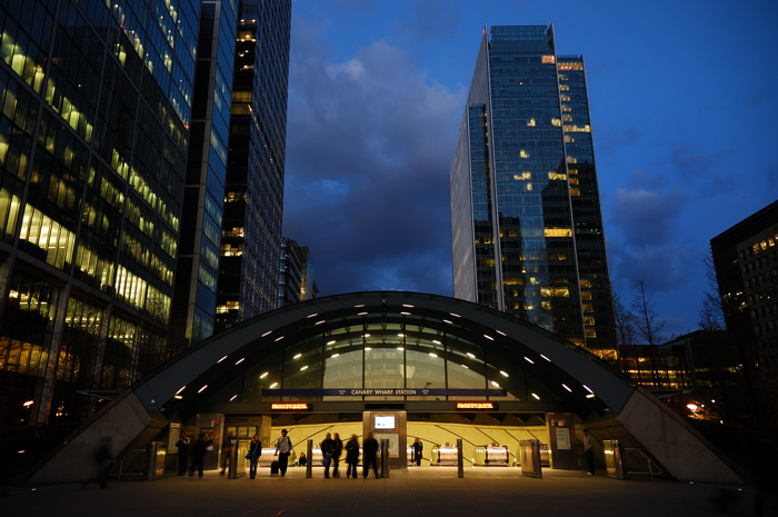 Canary Wharf Station :: Click for Previous