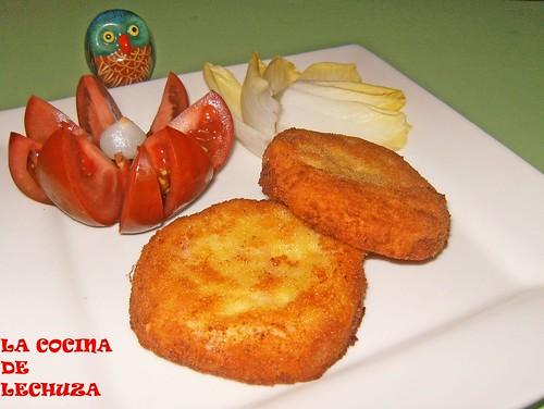Hamburguesa de queso y salchicha-fritas