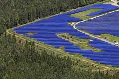 Solar Power Plant (Aerial Photography) Tags: blue by forest germany de bavaria triangle aerial r solarpower opf solarenergy photovoltaik solarpowerplant hemaulkrregensburg hochberbayern