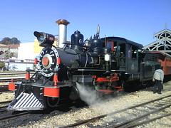 Locomotiva (Anderson Mola) Tags: old minasgerais station wagon minas machine trem 2008 turismo vapor antigo mquina estao linha mariafumaa locomotiva sojoaodelrei