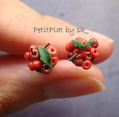 BO Cerises (PetitPlat - Stephanie Kilgast) Tags: food cherry miniature cherries handmade earring jewelry bijoux bijou polymerclay earrings minifood collectible 112 stud minis boucledoreille miniaturen oneinchscale petitplat
