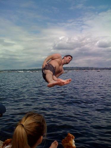 Man jumps into lake Washington during blue angels show.