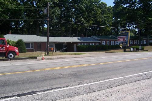 Kenrose Motel