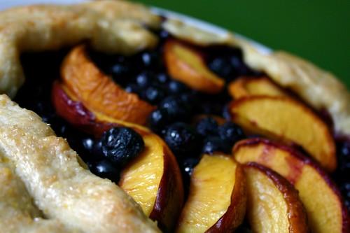 blueberry+nectarine galette