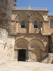 church of the holy sepulchre entrance (upyernoz) Tags: church israel palestine jerusalem  churchoftheholysepulchre  oldcity