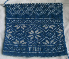 Double-knitted scarf 023