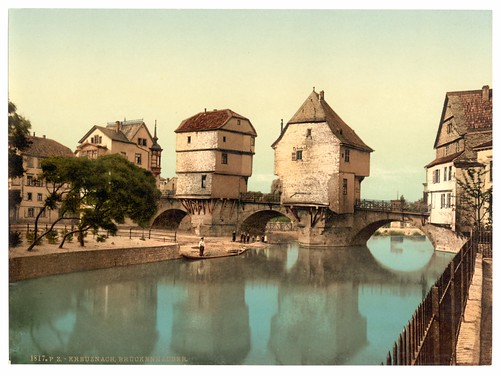 Travelogue of An Armchair Traveller: Bridge Houses at Bad