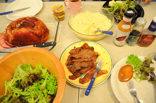In-bone ham, beef short-ribs, mash, salad with a choice of 3 dressings