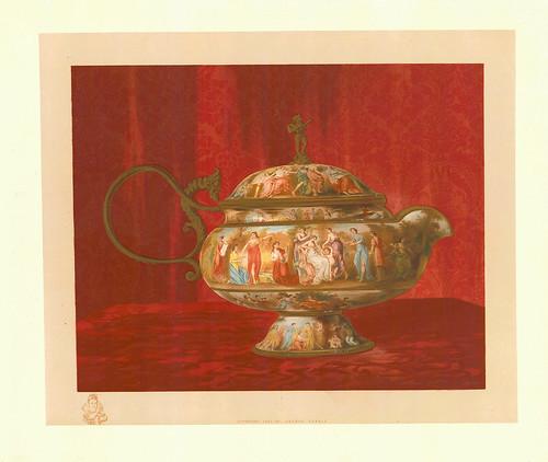 018-Urna con forma de barco siglo XVIII
