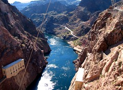 Hoover Dam, Nevada / Arizona - USA (Mic V.) Tags: road city arizona usa lake black water america river us colorado dam united nevada lac canyon boulder route hoover states mead herbert 93 barrage unis fleuve amrique etats amerique tats nvada