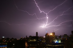 Brisbane Lightening (stevoarnold) Tags: city skyline australia brisbane lightning lightening australiathunderstorms blognature