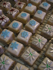 wintery Petit Fours