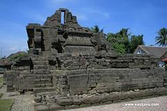 Jajaghu (Jago) Temple - Malang - East Java (eastjava.com) Tags: temple java malang bromo jago candi mountbromo javaisland eastjava eastjavaprovince malangeastjava malangcity jagotemple jajaghutemple eastjavatourism malangregency eastjavaregencies malangtourism bromovolcanoe malangbeaches malangcitytour candijago jagotempletourism jagotemplemalang malangtemple