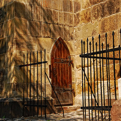 The secret door (23gxg) Tags: door travel shadow black church nikon pyramid gothic medieval romania distillery hdr gotic blackchurch d40 artdigital nikond40 flickraward vertorama brassov theenchantedcarousel paololivornosfriends imagesforthelittleprince qualitysurroundings redmatrix sailsevenseas outstandingromanianphotographers marculescueugendreamsoflightportal flickrthroughyoureyes abokehoflight