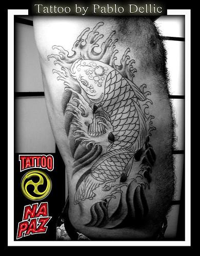 tattoo carpa. A tatuagem de Carpa na costela