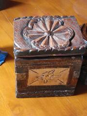 wooden hand made box- χειροποίητο ξυλόγλύπτο κουτί