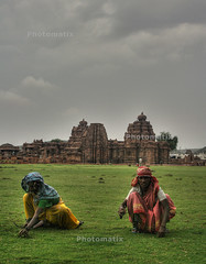 Pattadakal (sur!) Tags: india heritage temple village culture karnataka hdr pattadakal