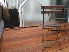 Chairs in place. (tannie) Tags: wood diy balkon hout vlonders