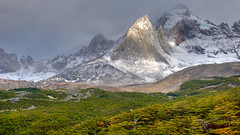 Valle del Francs  Torres del Paine NP, Chile (Ole Begemann) Tags: chile travel patagonia sunlight mountains green latinamerica southamerica landscape geotagged nationalpark reisen 2006 vegetation torresdelpaine landschaft hdr endoftheworld tdp trabel lateinamerika frenchvalley photomatix sdamerika patagonien tonemapped pseudohdr 1xp endederwelt valledelfrancs parquenacionl reginmagallanes original:filename=2006031920d018329hdr16