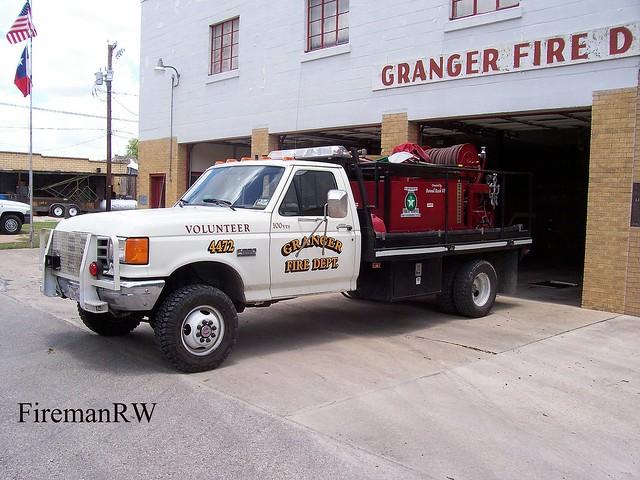 ford grass brush firetruck