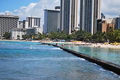 Waikiki Beach Barrier (Rand_G) Tags: ocean beach hawaii waikikibeach