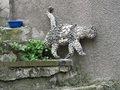 06.07.2008 (hippo1107) Tags: blue stone stairs cat canon is frankreich mosaic powershot treppe katze blau stein s5 mosaik kiesel rodemack canonpowershots5is