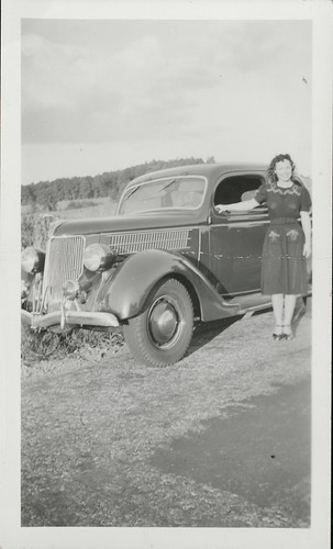 Dolly with 30s car