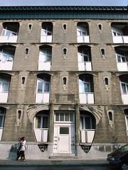 Workers' Housing, rue Marconi (stevecadman) Tags: street brussels architecture apartments belgium belgique belgi bruxelles artnouveau c20 20thcentury brussel 1900s jugendstil belge socialhousing stileliberty twentiethcentury workershousing philanthropichousing 2008brusselstrip lartnouveau