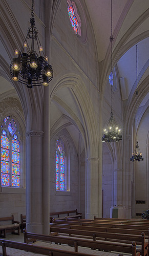 Chapel at Saint Louis University Hospital, in Saint Louis, Missouri, USA - nave side