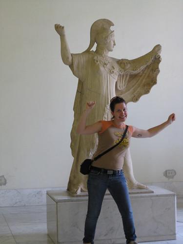 IMG_1123_Naples_Museo Arccheologico-Emilie imitating Statue