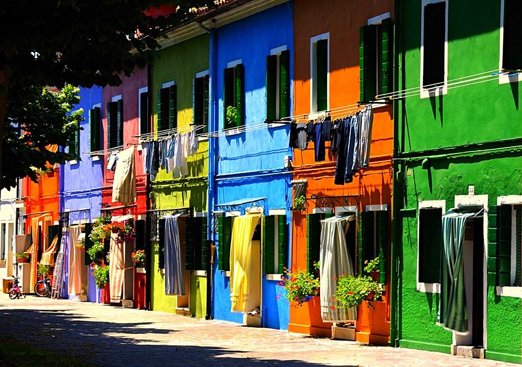 義大利威尼斯-彩色島布拉諾Burano