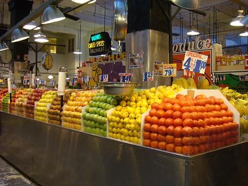 擺得整齊的水果.JPG