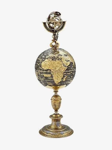 017 Taza con tapa en forma de globo terráqueo-Suiza-Abraham Gessner 1580-1590-plata dorada parcialmente-© 2009 Museum of Fine Arts, Boston