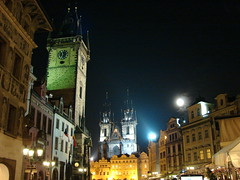 Staromestsk Namesti (Marco Di Fabio) Tags: republica plaza old houses moon tower clock church night buildings square lights town edificios europa europe republic torre czech prague cityhall iglesia praha praga images case luna chiesa stare reloj getty czechrepublic luci piazza onsale casas oldtown orologio notte tyn gettyimages citt noce palazzi edifici municipio palacios vecchia repubblica staremesto republicacheca staromestske cittvecchia mesto orloj ceca namesti orologioastronomico repubblicaceca radnice staromestsknamesti staromestsk tnskchrm staromstskorloj aplusphoto kostelmatkybopedtnem staromstsk cecha santamariaditn staromestskeradnice lpheritage