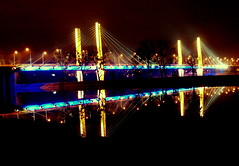 Millennium Bridge, Wroclaw - build in 2004 (ilonqua) Tags: bridge 2004 night geotagged millenniumbridge handheld mm wroclaw enlightedbridge ilonqua