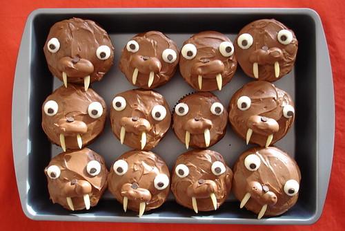 walrus cupcakes